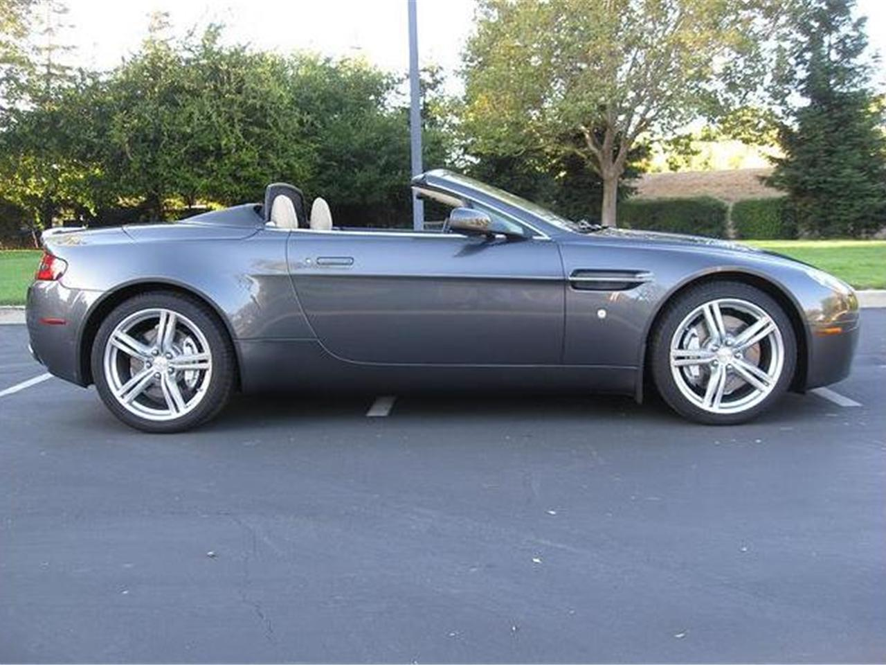 2009 aston martin v8 vantage roadster. Black Bedroom Furniture Sets. Home Design Ideas