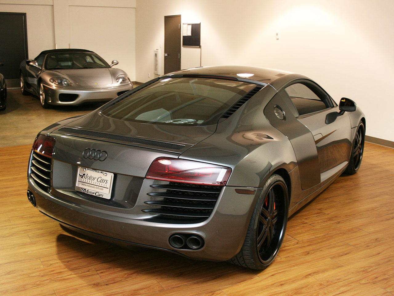 2009 audi r8. Black Bedroom Furniture Sets. Home Design Ideas
