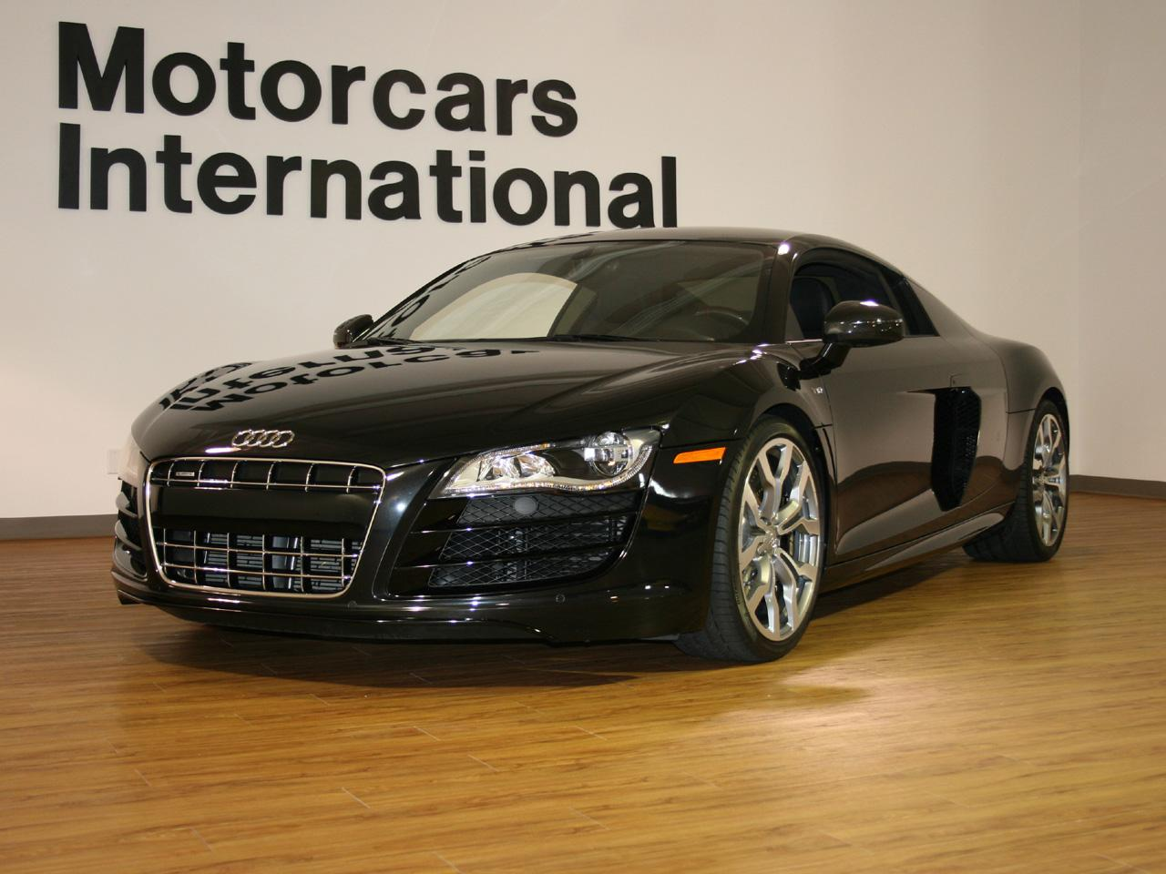 2011 audi r8 v10 coupe. Black Bedroom Furniture Sets. Home Design Ideas