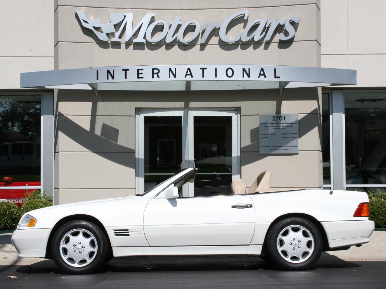 1995 mercedes benz sl 320 roadster for Mercedes benz finance address