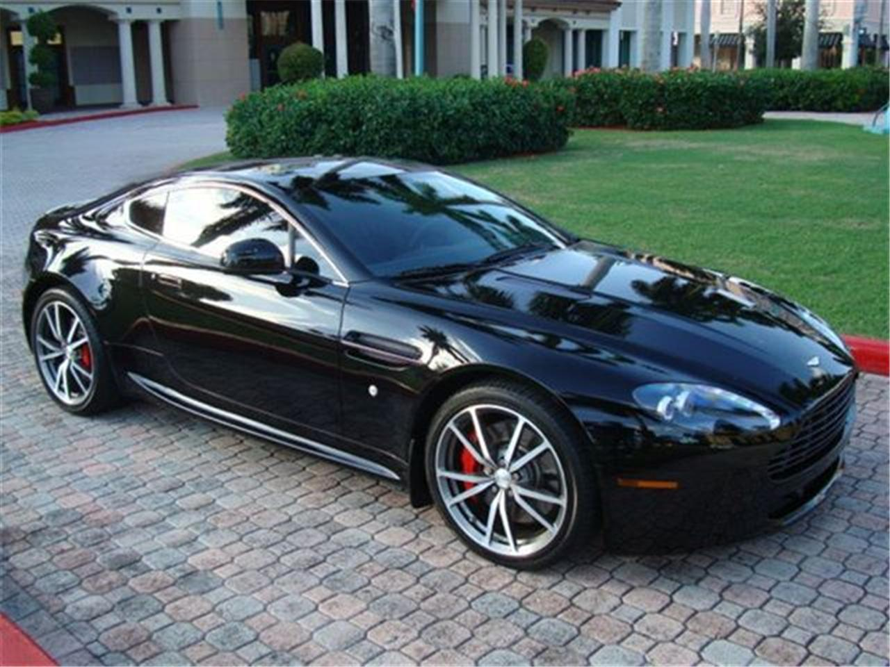 2010 aston martin v8 vantage. Black Bedroom Furniture Sets. Home Design Ideas