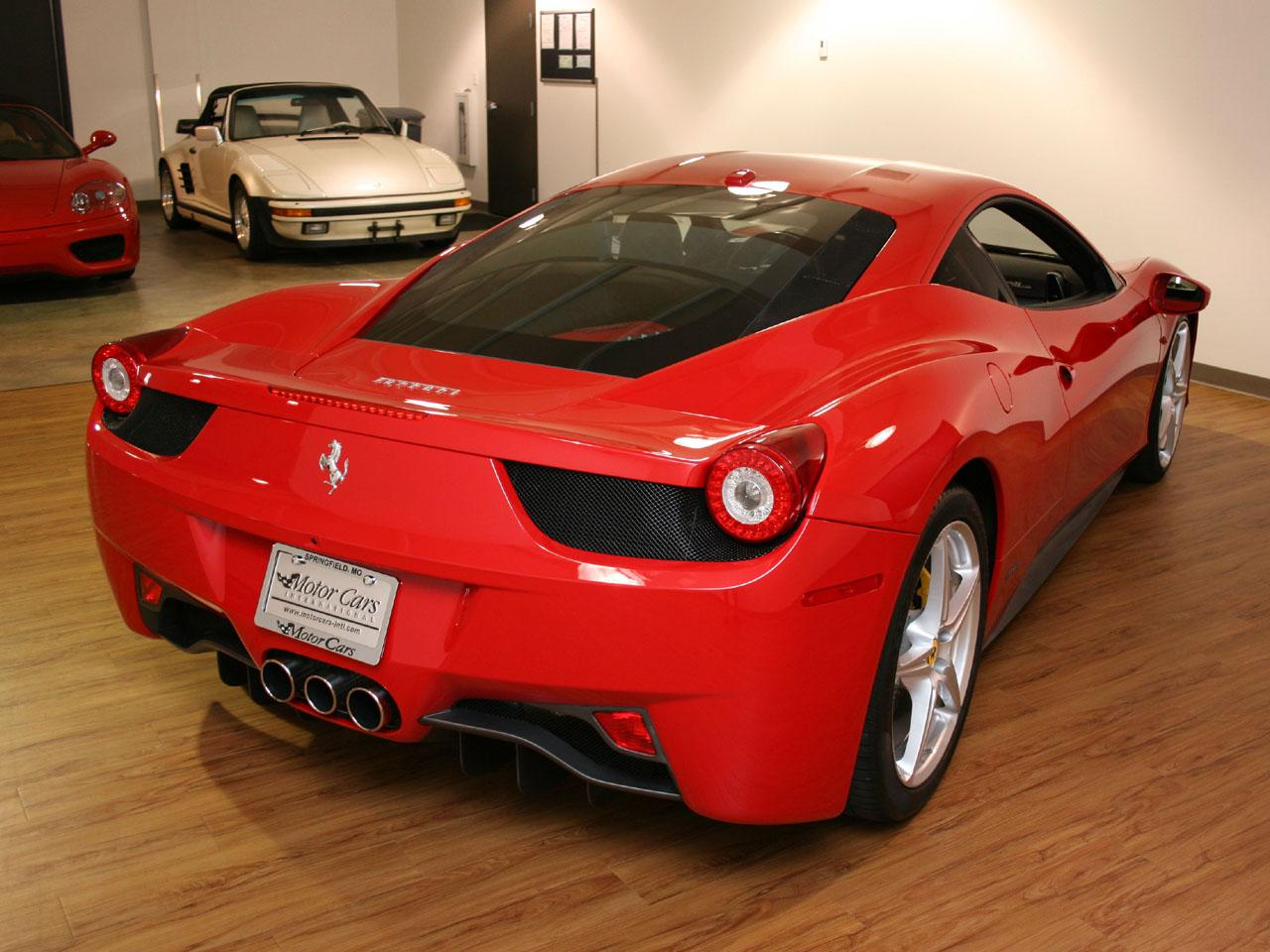 2010 ferrari 458 italia. Black Bedroom Furniture Sets. Home Design Ideas