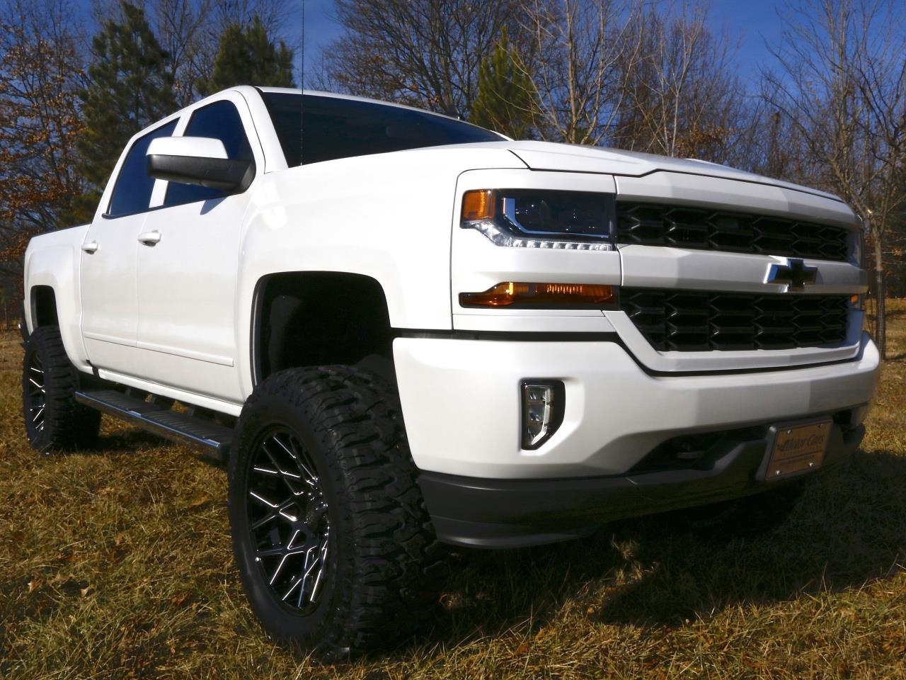 2016 chevrolet silverado custom 2016 chevy silverado custom release date price and specs 2016. Black Bedroom Furniture Sets. Home Design Ideas