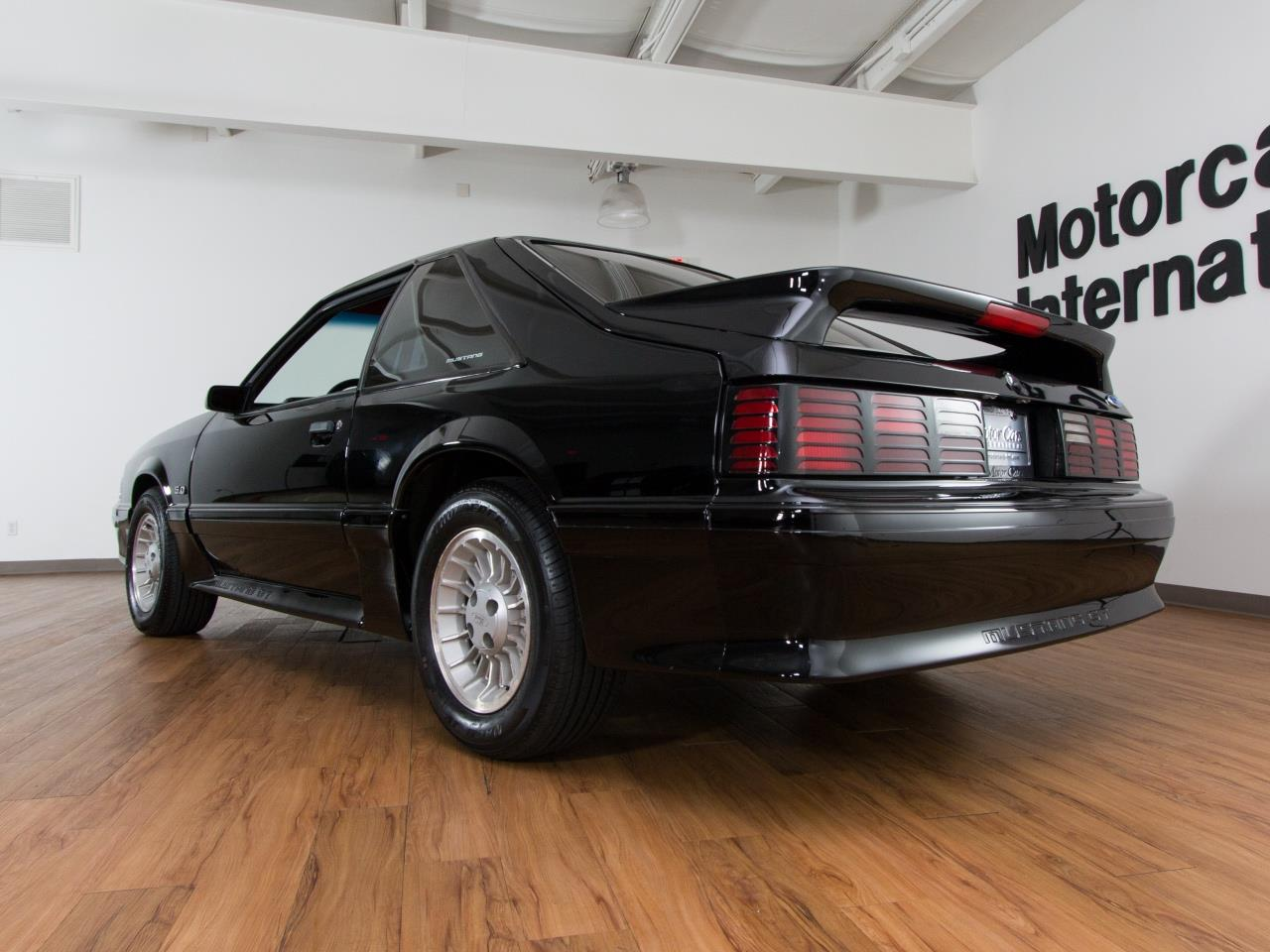 1990 ford mustang gt 5 0. Black Bedroom Furniture Sets. Home Design Ideas