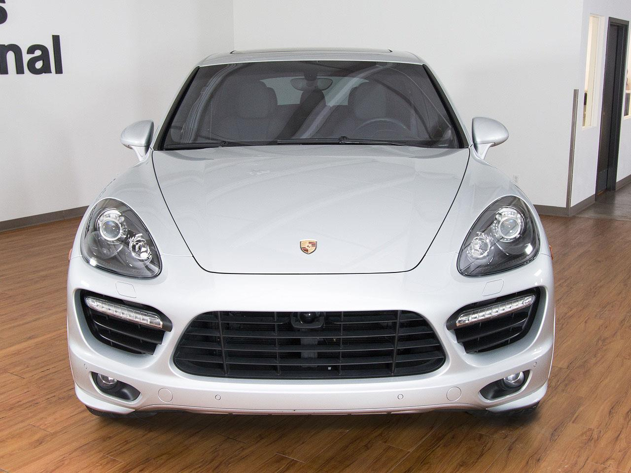 2013 porsche cayenne gts. Black Bedroom Furniture Sets. Home Design Ideas