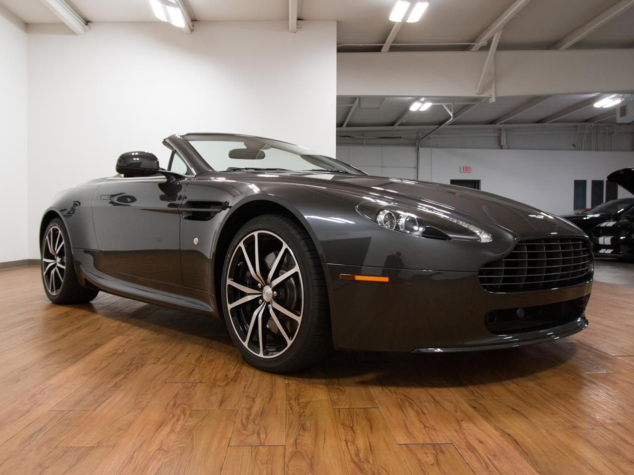 2011 aston martin v8 vantage roadster n420. Black Bedroom Furniture Sets. Home Design Ideas
